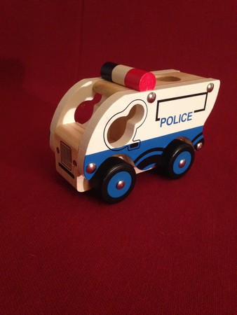 jouets gar on jouet en bois voiture de police camion benne. Black Bedroom Furniture Sets. Home Design Ideas